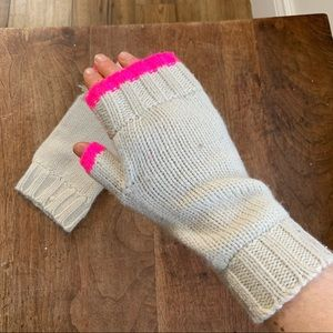 Cream and pink open finger mitts